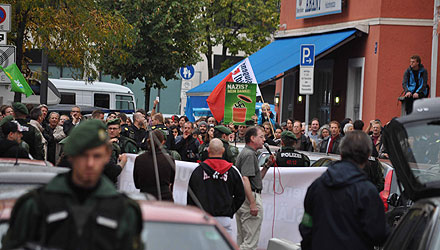 Gelungene Gegenproteste in München (Foto: Johannes Hartl)