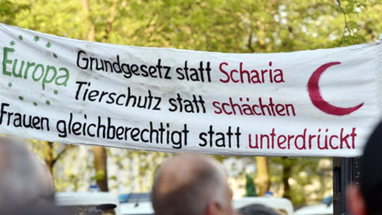 Pegida Kundgebung in Karlsruhe