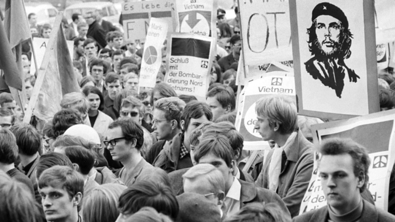Demo gegen den Vietnamkrieg in Kiel 1968