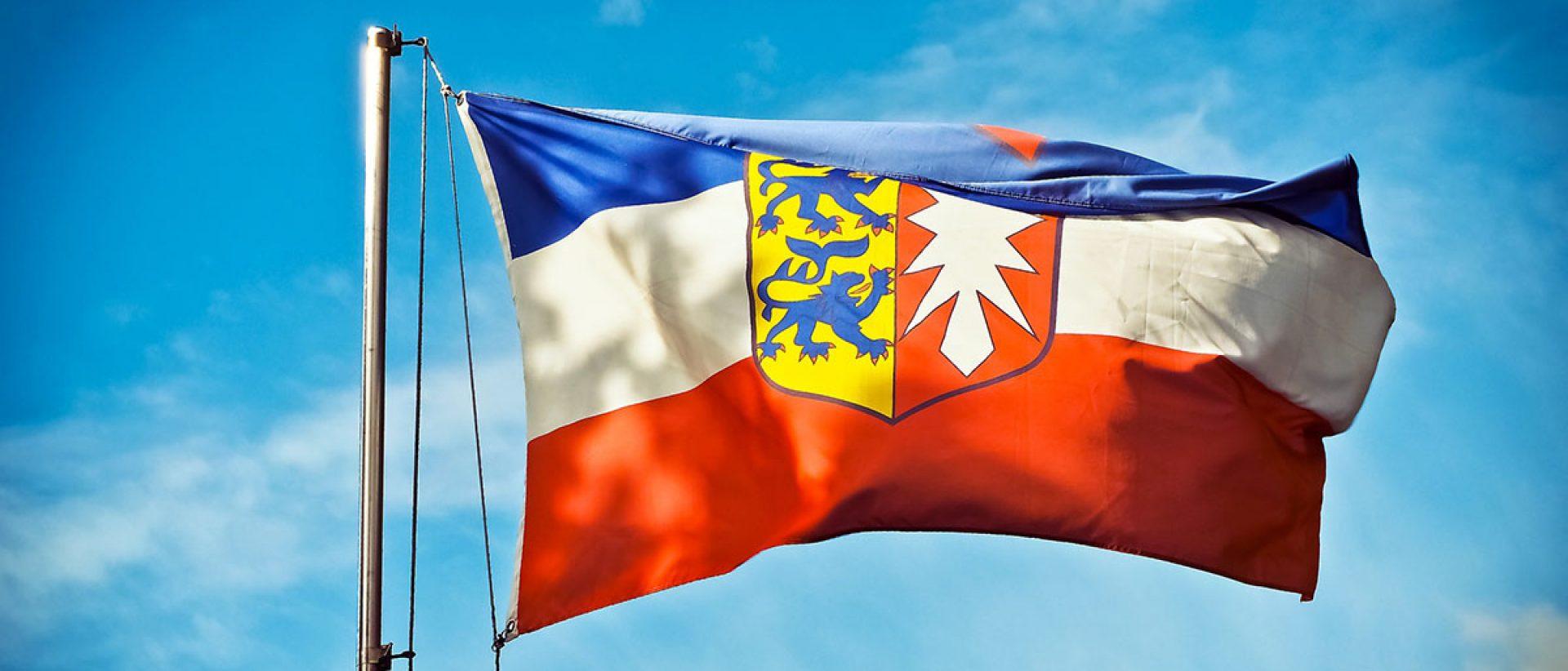 flag-1750790_1920.jpg schleswig holstein flagge