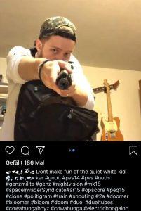 Faszination für Waffen, School-Shootings und Massenmörder. Hier in einem Insta-Post