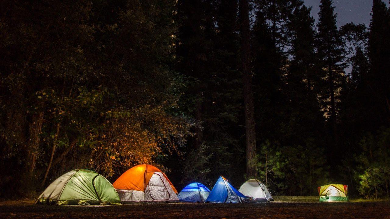Camping-Zelten-Zelt-Camp