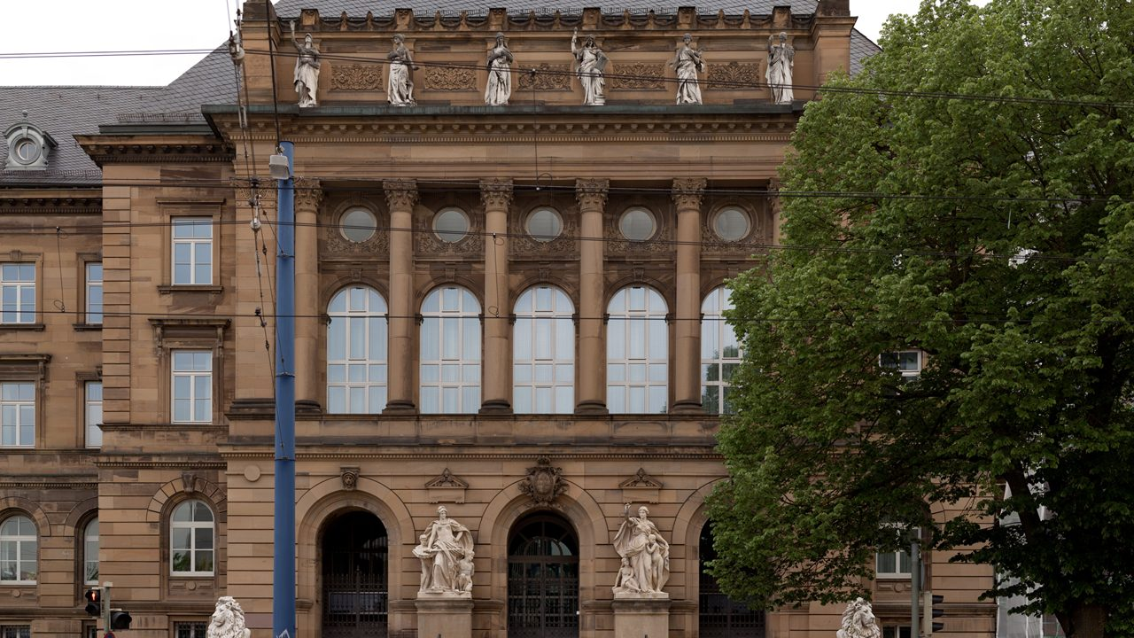 Landgericht_Ulm,_Mittelbau