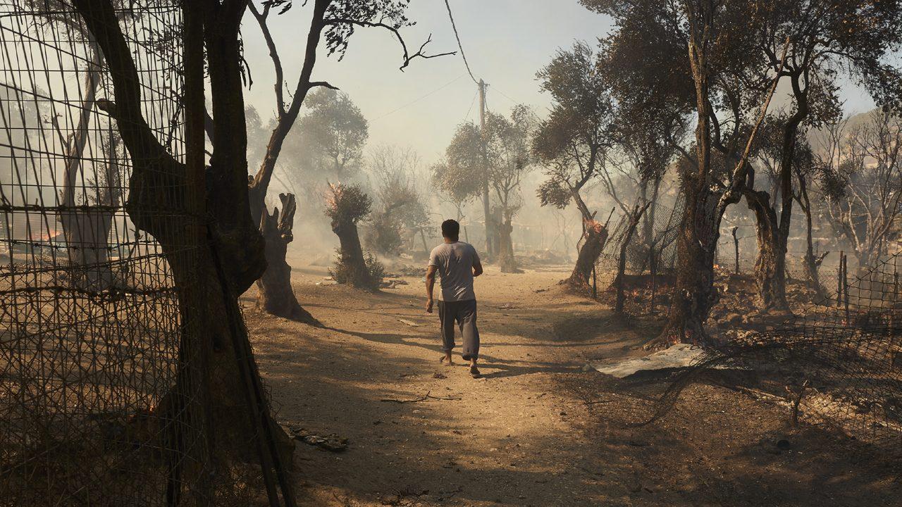 Das abgebrannte Geflüchtetenlager in Moria: Ursprünglich wurde es für 2.800 Menschen gebaut. Zum Höhepunkt wohnten hier 20.000 Geflüchteten.