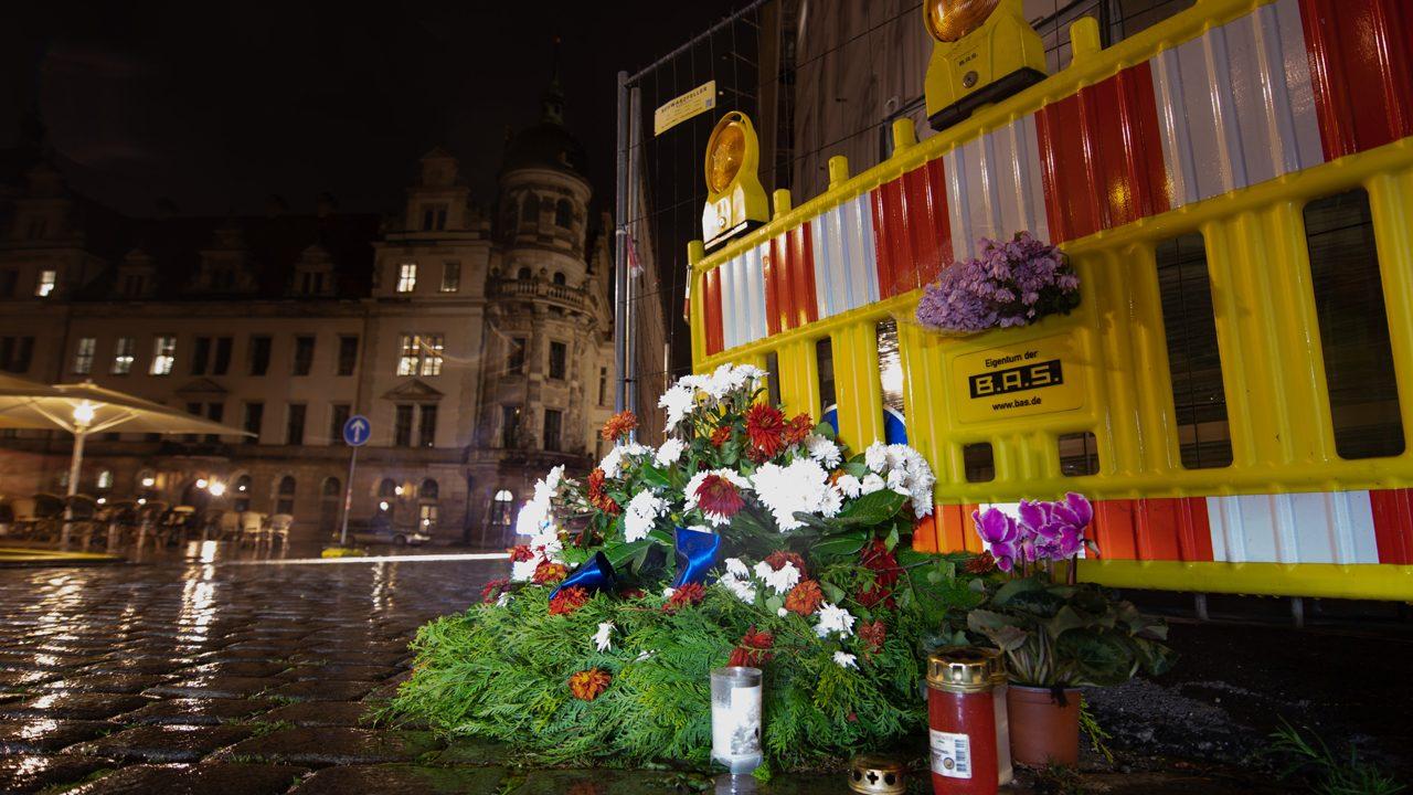 Gedenken an Opfer der tödlichen Messerattacke in Dresden