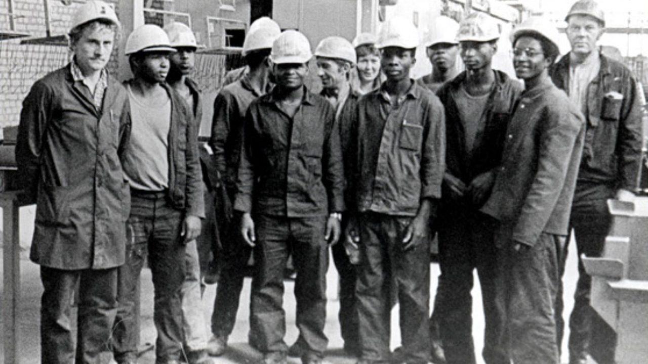 Aus dem Bruderland: Vertragsarbeiter in einem Eberswalder Wasswerk 1980.