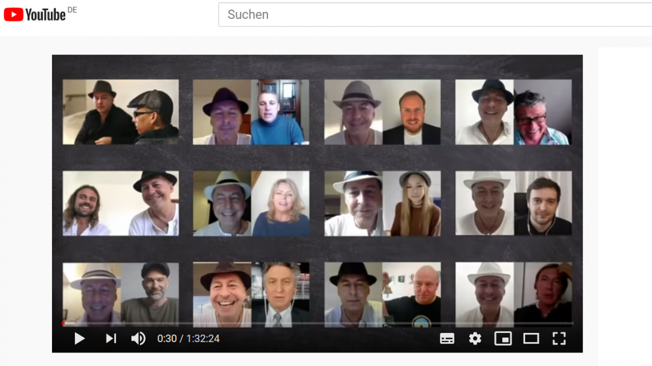 How Oliver Janich sees himself: as a networker. YouTube screenshot from a trailer for Janich's videos.