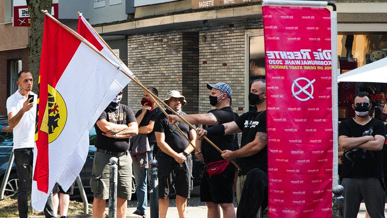 """Eine Demo der Partei """"Die Rechte"""" in der Dortmunder Nordstadt am 1. August 2020."""