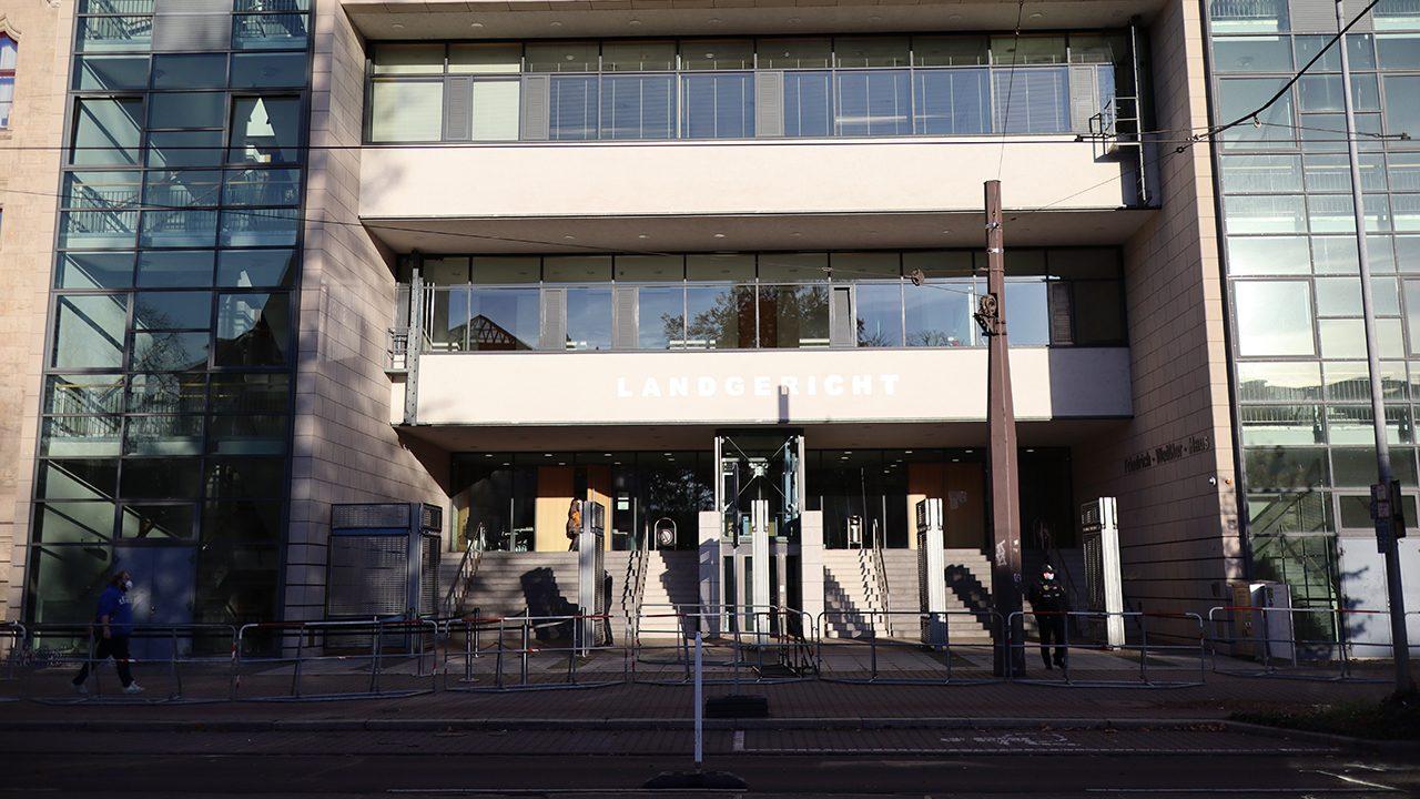 Das Oberlandesgericht Naumburg verlegte aus Platz- und Sicherheitsgründen den Prozess gegen den Halle-Attentäter ins Landgericht Magdeburg