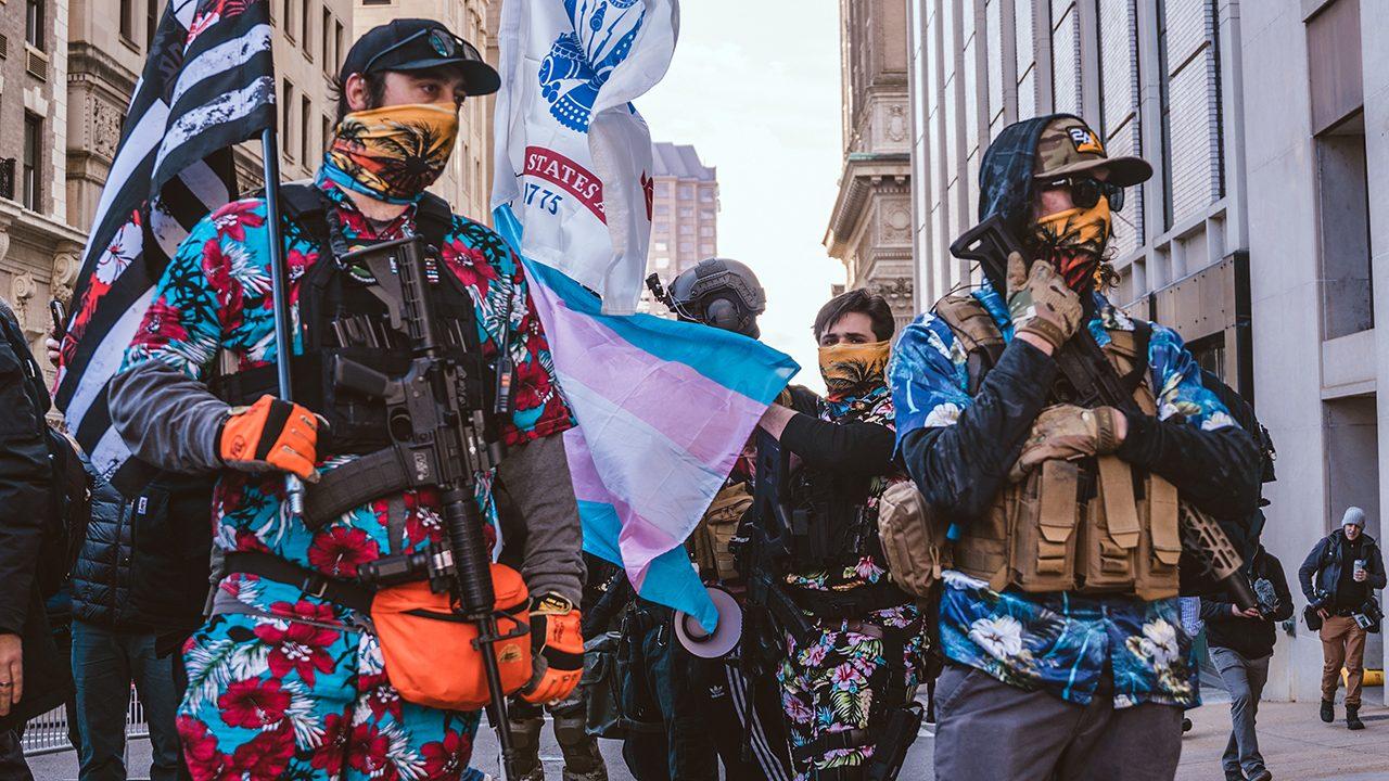 "Die ""Boogaloo Boys"" auf einer Kundgebung in Virginia im Januar 2021"