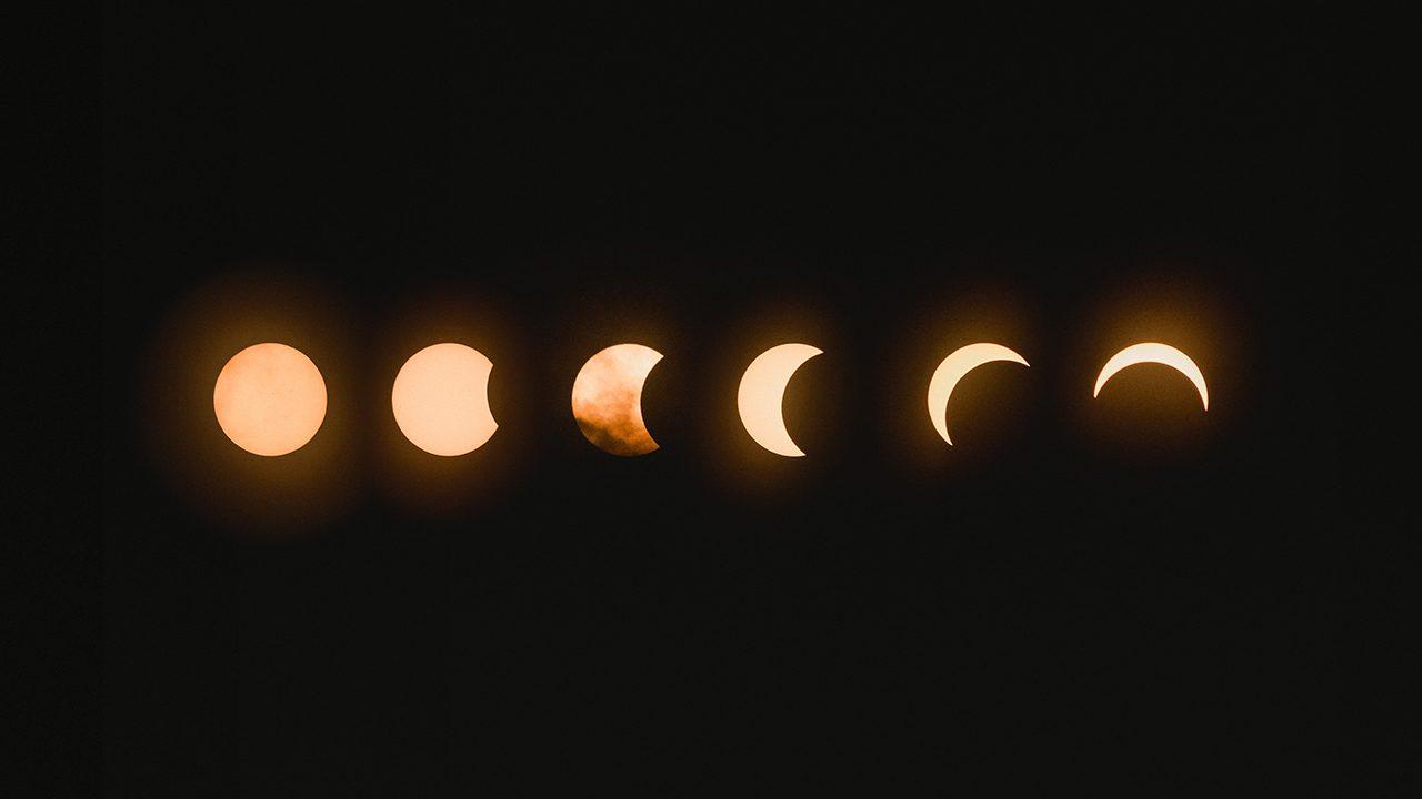 Im Einklang mit den Mondphasen: Selbsternannte Hexen posten ihre Rituale auf TikTok