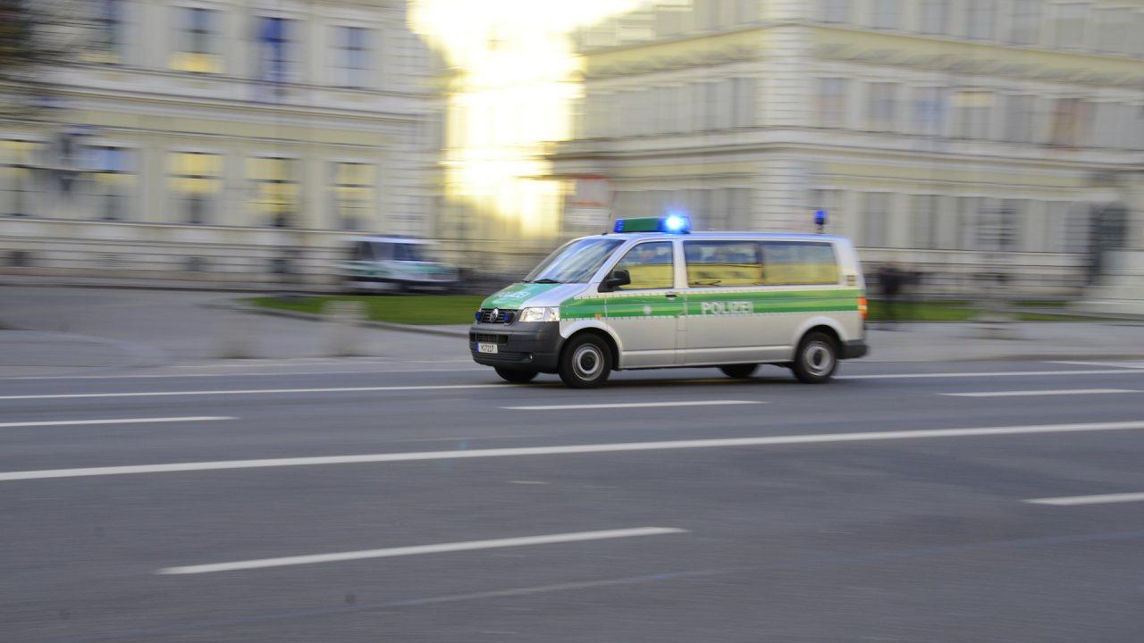 police-2201403_1920