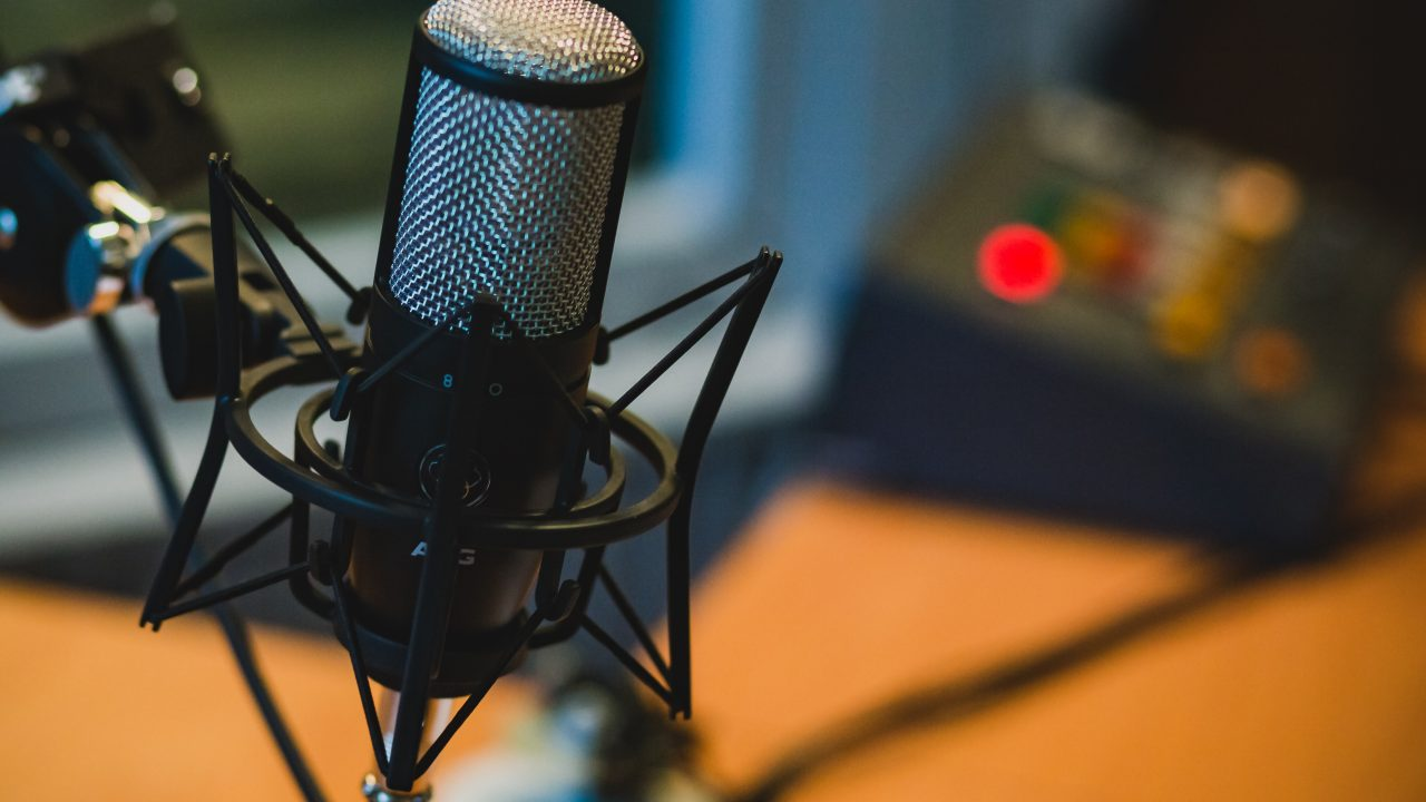 microphone-2618102